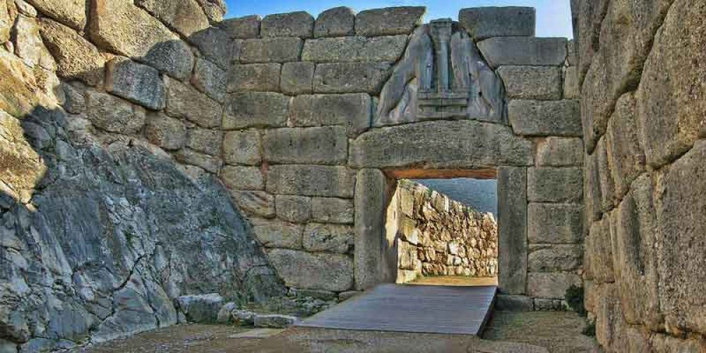 The Mycenaean pendulum saw and the development of the stone-working technology in Ancient Greece